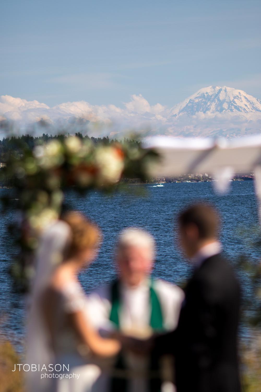 Mt Rainier and Seattle Tennis Club Wedding photo
