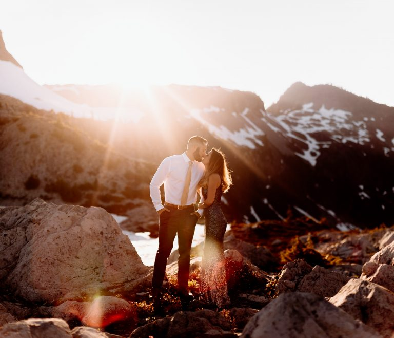 Artist Point engagement | PNW Hiking engagement | Mt Baker elopement
