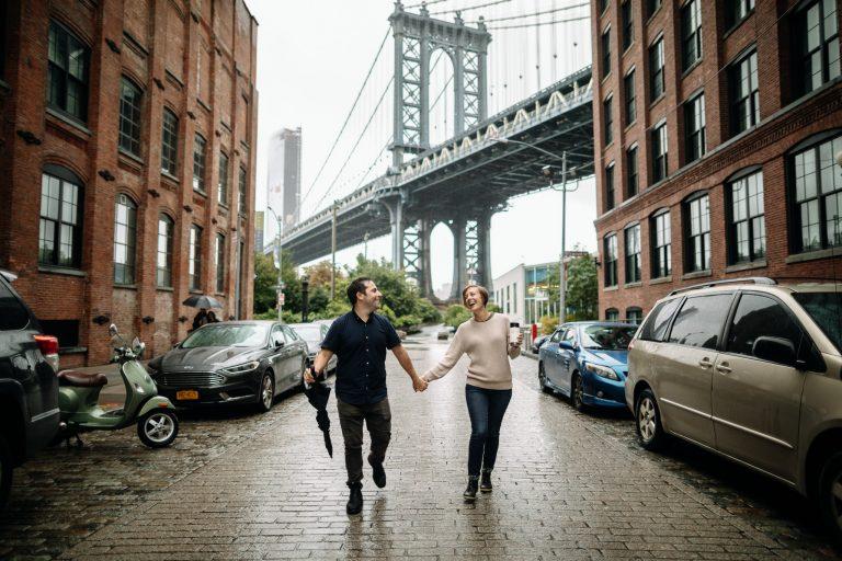 Brooklyn Bridge Engagement | Dumbo Engagement | Eric & Emily