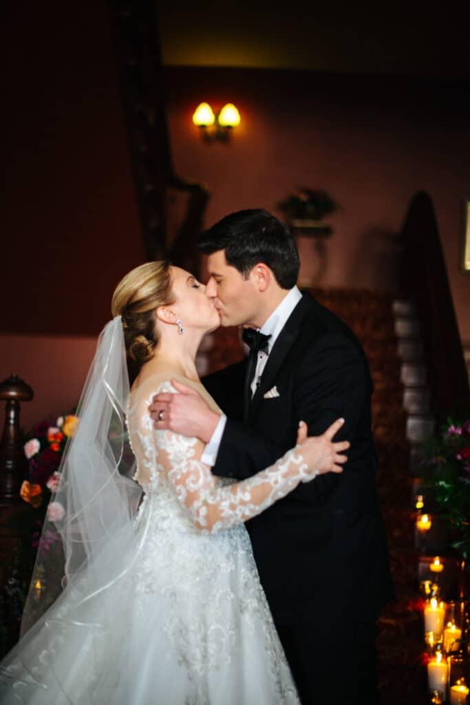 first kiss bride groom montana winter wedding
