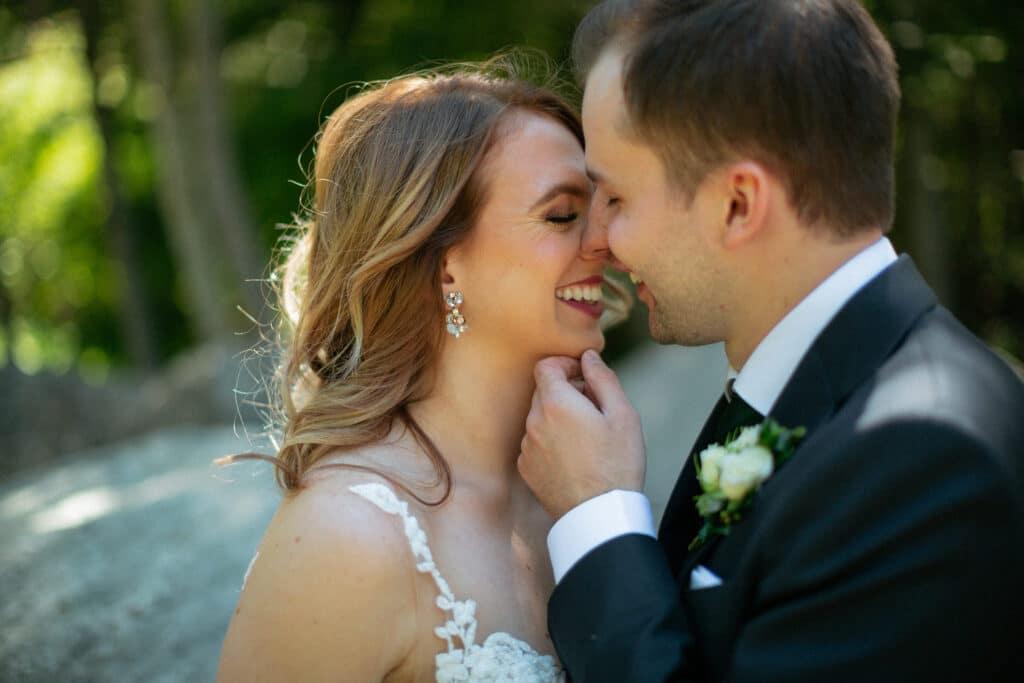 Bride and groom kiss at Suncadia resort wedding in Cle Elem Washington.